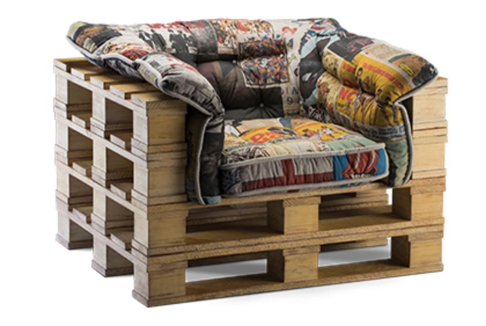 Poltrona pallet rusticos sof s m veis e ideias for Poltrona fai da te